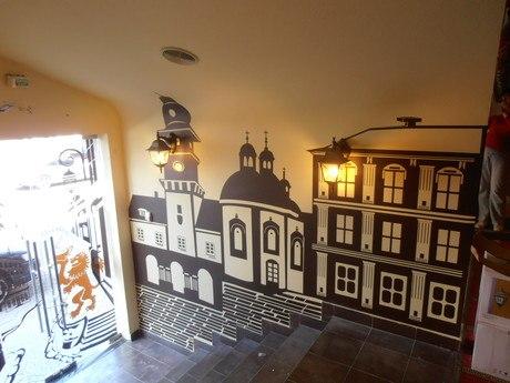 Оформление Кофейни наклейками на стены Львовская архитектура