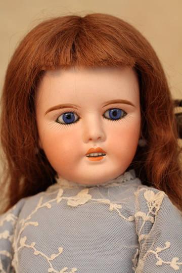 Антикварная французская кукла MON CHERIE фабрики LANTERNIER