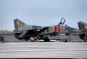 МиГ-23БН (32-23) - истребитель-бомбардировщик FeyJ4