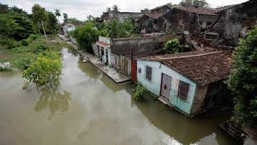 """Помощь Кубе пострадавшей от урагана """"Сенди"""""""