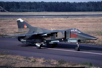 МиГ-23БН (32-23) - истребитель-бомбардировщик G3lAx