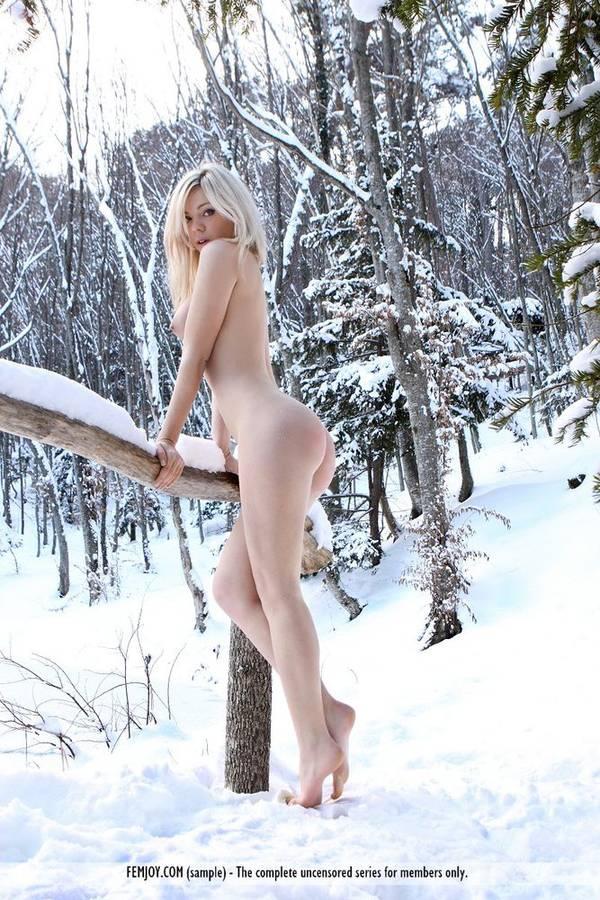 http://s3.uploads.ru/t/hYSzX.jpg