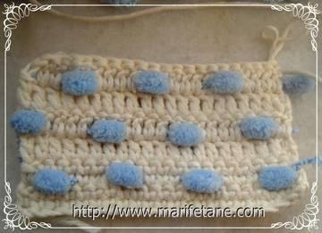 Вязание пряжей Помпонами